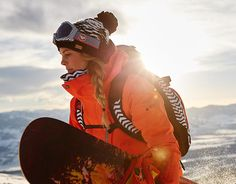 Browse ROXY's official online Snow Shop for snowboard clothing, accessories and more. Get ready for the winter season with snowboard gear for women. Ski Et Snowboard, Snowboard Girl, Snowboarding Style, Snowboarding Women, Winter Fun, Winter Sports, Roxy, Snowboarding Photography, Ski Season
