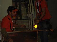 Fábrica de Cristais em Gramado - Fazendo um cristal.