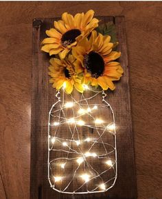 Sunflower fairy light stitch art – Diy Baby Deco – rustic home diy Diy Wand, Home Crafts, Diy And Crafts, Arts And Crafts, Cute Diy Crafts For Your Room, Crafts For The Home, Diy Crafts For Adults, Holiday Crafts, Sunflower Room