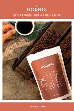 #NuevoOriente heißt die Region, aus der die #Arabica-Bohnen für diesen #Single-Origin-Kaffee aus Guatemala kommen. Die Bauern der kleinen Kooperative La Union produzieren im kleinen Örtchen #Lampocoy in kühl-feuchtem Klima einen exzellenten #Rohkaffee.  #coffee #directtrade #love Coffee Bean Decor, Coffee Beans, Arabica, Corporate Design, Tableware, Small Places, Farmers, Beans, Dinnerware