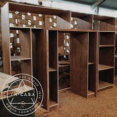 https://flic.kr/p/xLPNn8 | #enproceso mobiliario para cocina fabricado en madera de #tzalam. Proyecto: Arq. Ligia Quijano #tricasa #woodwork #group #excelenciaencarpinteria