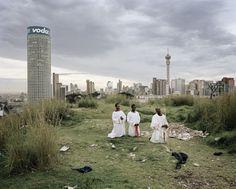 MIKHAEL SUBOTZKY & PATRICK WATERHOUSE, Ponte City « Le Bal