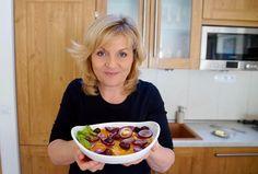 Video recept Pomarančový šalát   Zuzana Machová Ramen, Russian Recipes, Ethnic Recipes, Polish, Food, Vitreous Enamel, Essen, Meals, Yemek