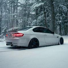 "708 Likes, 5 Comments - ZITO Wheels (@zitowheels) on Instagram: ""Tucking Tuesday with @modelanatomy / @whiteknightm3 on 20"" #ZITO #ZS07 #ZITOwheels #BMW #M3"""