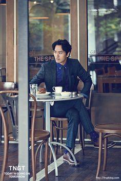 Lee Jin Wook in TNGT's new F/W ads.