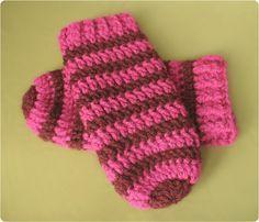 Gleeful Things » Free Crochet Pattern: Thumbless Mittens