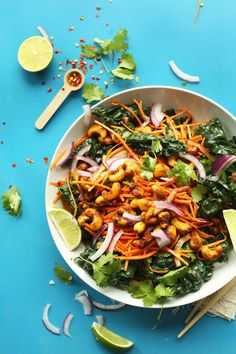 EASY Thai Carrot Kale Salad with Curried Cashews! So healthy, quick and flavorful! #vegan #glutenfree #thai #salad #recipe
