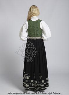Follobunad til dame - BunadRosen AS Apron, Fashion, Moda, Fashion Styles, Fasion, Aprons