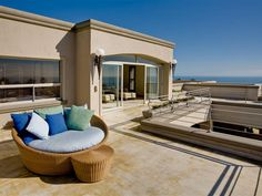 Luxurious 4 bedroom House for rent in Fresnaye. Situated in the exclusive and sheltered Fresnaye area, this beautiful and spacious 2 story villa sleeps eight to ten guests in four en-suite bedrooms.