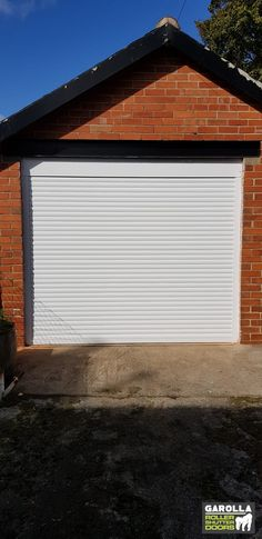 At Garolla, you can get both Roller Shutter Garage Doors and Sectional Garage Doors. Click the link below to check out all of our Roller Shutter Doors.  #whiterollershutterdoor #whiterollergaragedoor #whiterollerdoor #whitegarage #whitegarages #garagedoor #garage #homedesign #garden