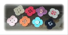 crochet flowers with buttons