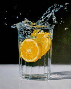 Jason De Graaf on 42-vuotias taiteilija Kanadasta. Hän maalaa realistiselta näyttävää taidetta akryyliväreillä. Hän maalaa kuvia asioista, joilla on jonkinlainen merkitys hänelle. Maalatessaan hän ottaa...