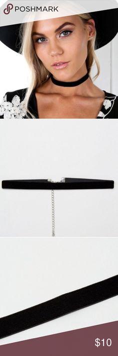 💕 Black Velvet Bohemian Choker New 💕 Black Velvet Bohemian Choker New 💕 Super trendy, comes in a gift bag. Jewelry Necklaces