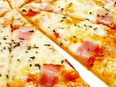 食べたい時にすぐ出来る!クリスピーピザ☆の画像 Rice Recipes, Bread Recipes, Cooking Recipes, Cook Pad, Asian Cooking, Hawaiian Pizza, Tasty Dishes, Japanese Food, No Cook Meals