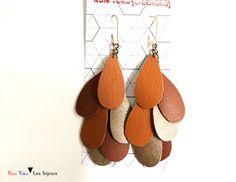 Pendentifs d'oreilles, Boucles d'oreille cascade de cuirs fauve est une création orginale de Kate-Yoko-creations sur DaWanda