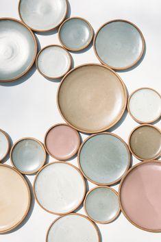 What I Like: soft colour combinations East Fork Pottery: A North Carolina Studio from a Matisse Heir Ceramic Tableware, Ceramic Bowls, Ceramic Art, Kitchenware, Pottery Plates, Ceramic Pottery, Interior Pastel, Pinturas Color Pastel, Deco Restaurant