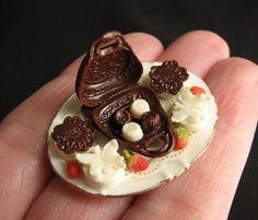 Betsy Niederer | Chocolate purse