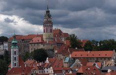 Castle Czesky Krumlov in southern Bohemia, Czech Republic. Beautiful Castles, Most Beautiful Cities, Castles To Visit, Gothic Castle, Away We Go, Prague Czech Republic, Prague Castle, World Heritage Sites, Tourism
