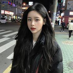 Ulzzang makeup kbeauty korean makeup tips Korean Makeup Tips, Asian Makeup, Korean Beauty, Asian Beauty, Korean Black Hairstyle, Korean Haircut, Ulzzang Makeup, Beautiful Asian Girls, Pretty Asian Girl