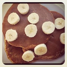 Little b's healthy habits: Banana Protein Pancakes