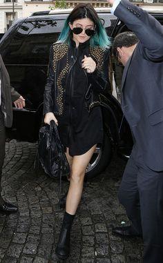 Kourtney Kardashian from Les Kardashian à Paris : une semaine de fun pour le mariage de Kimye ! | E! Online