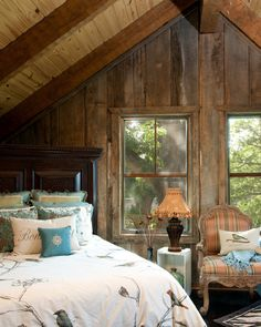 ♥ barn board walls.attic bedroom