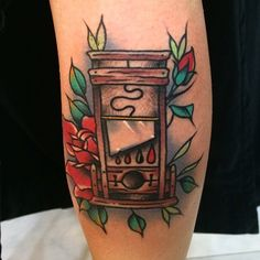 150 Time-Honored Old School Tattoo Designs awesome  Check more at https://tattoorevolution.com/old-school-tattoo-designs/