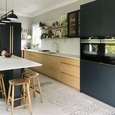 Open Plan Kitchen Living Room, Kitchen Dining Living, Kitchen Room Design, Modern Kitchen Design, Kitchen Colors, Kitchen Interior, New Kitchen, Kitchen Layout, Kitchen Cabinet Inspiration