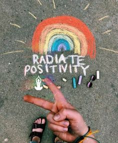 You're never too old for writing with chalk and spreading good vibes Get your o. - ° All Summer! The Last Summer, Summer Fun, Happy Summer, Summer Goals, Mundo Hippie, Sidewalk Chalk Art, Chalk Drawings, Happy Vibes, Summer Aesthetic