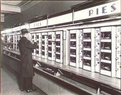 Automat, 977 Eighth Avenue, Manhattan.  photographed by Berenice Abbott, Febr 10, 1936