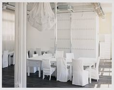 Inside Martin Margiela's All-White Maison - via - Photography by Daniel Stier House Doctor, Office Interior Design, Office Interiors, Interior Ideas, Studio Paris, Design Studio, Set Design, White Space, Commercial Interiors