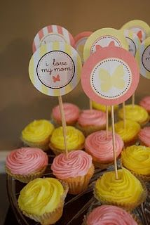 cupcake toppers and circle tags