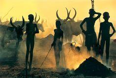 スーダンのナイル川流域に住む民族