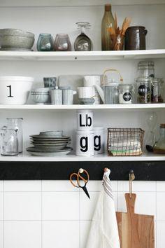 Melkkan & Suikerpot Pen Stripe By Hand   Keuken & Tafel   Toef Wonen  Black & White Kitchen Deco Inspiration