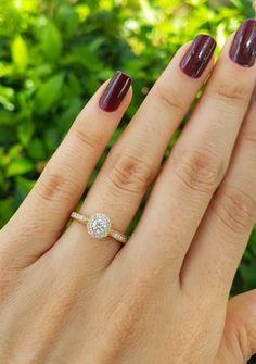 4a9b3677279d2 Anel de Noivado Amore Mio - Anéis de Noivado é na Reisman! Alianças De  Casamento