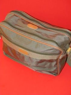 London Fog Travel Bag Luggage Carry On, Green
