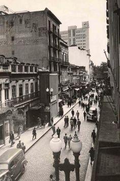 Porto Alegre - Rua da Praia(Rua dos Andradas) na década de 1950