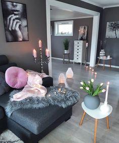 Have a lovely day all followers💞💕Fridag i dag😄Vært på kafe' med venninner💕Snart ut på tur🏃#livingroom #color #cooee #globo #pink#homestyling #homedecor #details #interior2you #passion4interior #interior4all #interior4you1 #interior9508 #eleganceroom #mynordicroom #interior_delux #whiteinterior #charminghomes #charminghouse #ourluxuryhome #hellinterior1 #hem_inspiration