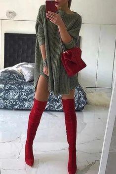 dress Classy winter - O Neck Side Slit Sweater Dress Classy Winter Outfits, Winter Fashion Outfits, Look Fashion, Autumn Winter Fashion, Spring Outfits, Outfit Winter, Feminine Fashion, Casual Winter, Casual Outfits