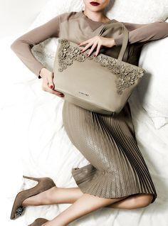 TWIN-SET Simona Barbieri: Cotton-silk knit and mid-length skirt, floral bag and bow court shoe