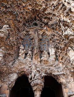 The door of the Sagrada Família