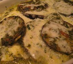 vinete în sos Vegetarian Recipes, Healthy Recipes, Healthy Food, Eggplant, Pesto, Main Dishes, Pork, Low Carb, Gluten Free