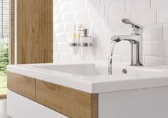 Washbasin mixer with cascade water flow, Deante.