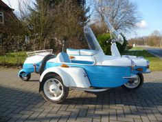 10 Vintage Scooters So Ugly They're Beautiful Reverse Trike, Ford Roadster, Vespa, Cars And Motorcycles, Honda, Super 4, Bike, Eastern Europe, Retro