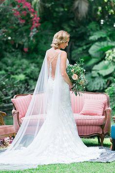 Bridal Wedding Jewelry Bridal Cape Bridal Back Jewelry Bridal Crystal Cape Bridal - This showstopping bridal cape Bridal Cape, Bridal Gowns, Wedding Gowns, Wedding Cape Veil, Wedding Outfits, Bridal Bouquets, Wedding Attire, Wedding Shoes, Bridal Jewelry Sets