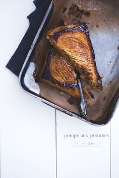 Mon petit bistrot: Pompe aux pommes auvergnate Steak, Sweets, Recipes, Cheesecake, Food, Pump, Meal, Goodies, Candy