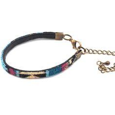 Bracelet tissé ethnique plat multicolore