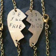 Best Friends Necklace that rocks