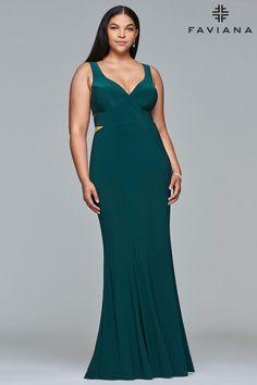 Faviana 9429 #Faviana #prom #prom2k18 #promnight #juniorprom #seniorprom #promselfie #promtoday #primavera #promball #promlooks #promfashion #gowns #couturedress #gownstyle #hautecouture #eveninggowns #couturefashion #gownstyle #runwaylooks #couturefashion #couture #couturedesigner #hautecoutredress #eveninggowns #partywear #bridalwear #motherofthebride #bridalparty #motherofthegroom #datenight #dinneranddrinks #dinnerdate #weddingdress #weddingfun #wedding #weddingseason