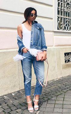 <b>Ioana Grama (blogger)</b> După cum spuneam, blugii cu o lungime…